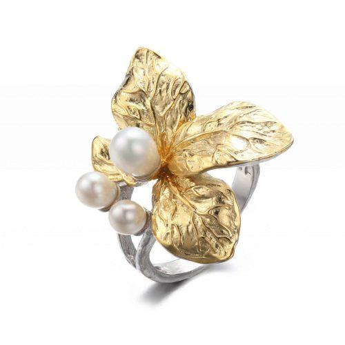 A.Brass - Justerbar ring med hvit blomst - Perle